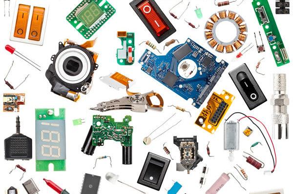 riparazione componenti informatici centro assistenza computer notebook